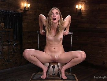 Blond Uses Fucking Machine and Squirts