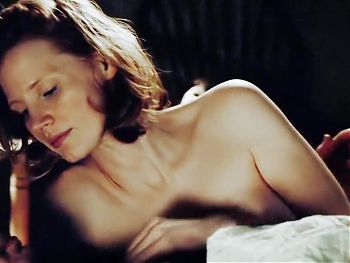 Jessica Chastain topless