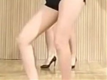Here Cums Seolhyuns Perfect Pair Of Legs