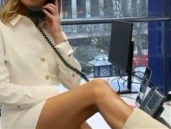 Hot Banging MILF Amanda Holden – Sexy Legs Jerk Off Challenge